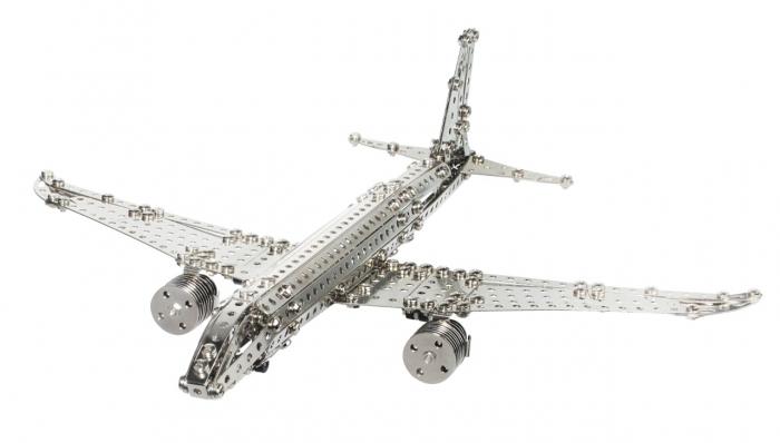Avion de pasageri [0]