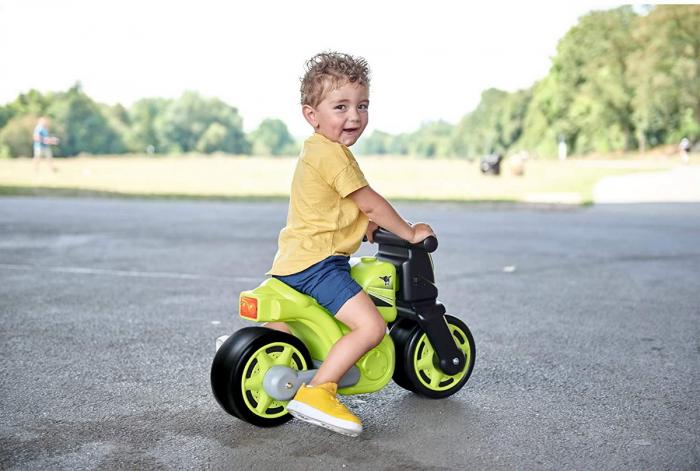 Big premergator motocicleta racing [1]