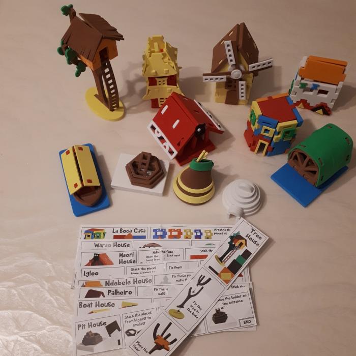 Cadou 8-14 ANI - Puzzle Harta lumii cu steaguri si capitale + Puzzle 3D Case [6]