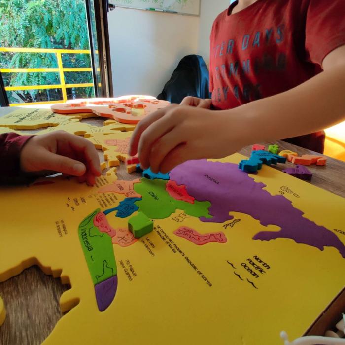 Pachet Puzzle educativ din spuma: Harta Lumii + Harta Europei - Imagimake [8]