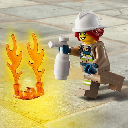 LEGO CITY INTERVENTIE CU ELICOPTERUL DE POMPIERI 60248 [4]
