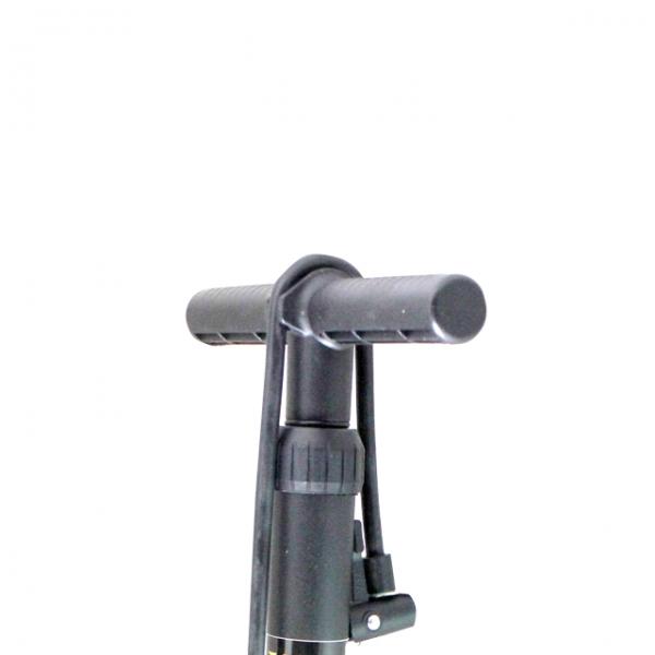 Pompa de mana cu manometru Wert W2641 1