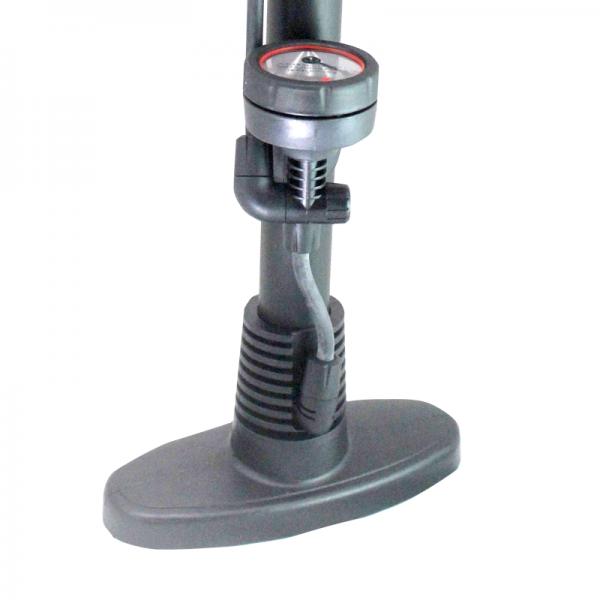 Pompa de mana cu manometru Wert W2641 2